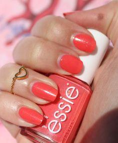 Essie Sunday Funday swatch Sunday Funday, Essie, Swatch, Nail Polish, Nails, Finger Nails, Ongles, Nail Polishes, Polish