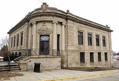 Libary Waukegan, Illinois  I went here many times with my dad when I was young.
