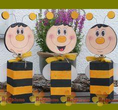 Holzpfosten Biene
