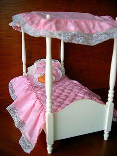 https://flic.kr/p/5Vm9DN | Barbie Dream Bed | de 1982. Com os lençois e as almofadas todas... não resisti a montar para tirar foto *blush*