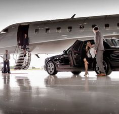 Limo Service to O'Hare Airport? Call We are the best car service at O'Hare Airport. Book the top rated Chicago Airport Limo in O'Hare. Chicago Airport, Chicago City, Chicago Illinois, Airport Transportation, Transportation Services, Ohare Airport, Airport Car Service, Wedding Limo Service, Auto Service