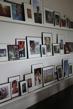 New Wall Gallery Shelf Photo Ledge 16 Ideas Photo Ledge Display, Photo Displays, Picture Shelves, Picture Ledge, Family Pictures On Wall, Hallway Pictures, Wall Ledge, Photocollage, Home Deco