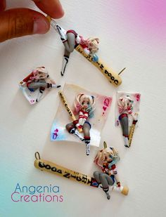 These clay Harley Quinn pendants are too cute
