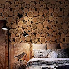 parede decorada com papel madeira
