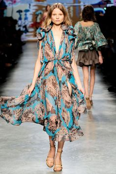Stella McCartney Spring 2010 Ready-to-Wear - Collection - Gallery - Style.com