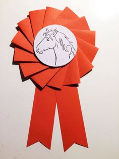 Make your own tournament bow for horse fans Tinker tournament loop yourself Make your own tournament bow for horse fans Tinker tournament loop yourself Horse Birthday, Cowgirl Birthday, Easy Preschool Crafts, Diy And Crafts, Diy For Kids, Crafts For Kids, Kids Fun, Make Your Own, Make It Yourself