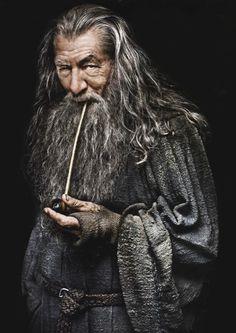 """Where there's life there's hope. Tolkien, The Hobbit Image Cinema, Lord Sauron, Elfen Fantasy, Balrog, O Hobbit, Hobbit Feet, Elfa, Ian Mckellen, Desolation Of Smaug"