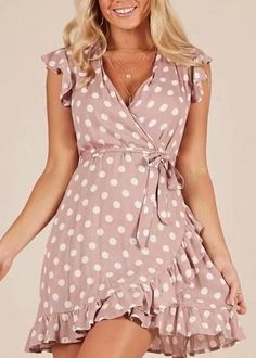 2018 Summer Women Vintage Viscose Polka Dot Ruffles Butterfly Sleeve Dress Casual V Neck High Waist Mini A Line Dress A-purple X Simple Dresses, Cute Dresses, Casual Dresses, Short Dresses, Dresses With Sleeves, Summer Dresses, Fall Fashion Outfits, Look Fashion, Fashion Dresses