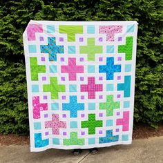 The Violet Quilt - A New Pattern | Kitchen Table Quilting Twin Quilt Pattern, Twin Quilt Size, Pattern Paper, Scrappy Quilts, Baby Quilts, Quilting, Pdf Patterns, Quilt Patterns, Sewing Crafts