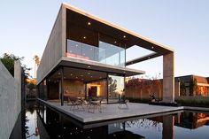 Esta incrível casa na Califórnia, Estados Unidos, compete diretamente com o projeto de Itaipava. Qual você gosta mais? (Foto: Divulgação/Arc...