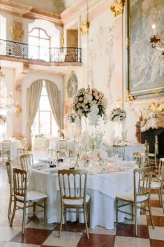 Schloss Leopoldskron Wedding - Table decoration - Flower decoration Salzburg Wedding Leopoldsron