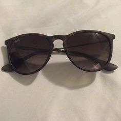 Ray Ban Tortoise Erika Sunglasses! Great glasses!! Offers welcome! Case included Ray-Ban Accessories Sunglasses