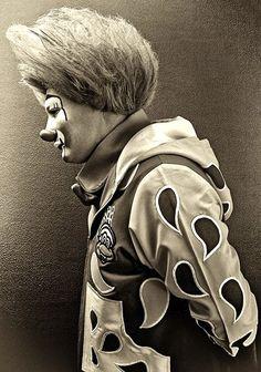 Yep, total ginger creepy ass clown.