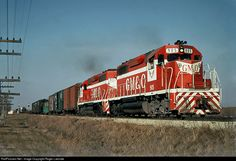 RailPictures.Net Photo: GM&O 905 Gulf, Mobile & Ohio EMD SD40 at Bloomington, Illinois by Roger Lalonde
