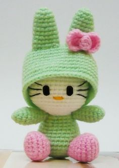 Amigurumi Hello kitty in Bunny Costume.