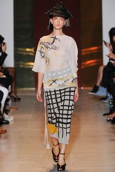 Tsumori Chisato 2014 - More Choju jinbutsu giga looking like actual sumi-e on the silk. Epic.