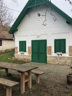 5 kihagyhatatlan kirándulás a Bakonyban | Mert utazni jó, utazni érdemes... Budapest Hungary, Merida, Countryside, Gazebo, Beautiful Places, Shed, Outdoor Structures, Cabin, Adventure