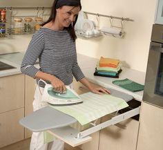 Planche à repasser tiroir