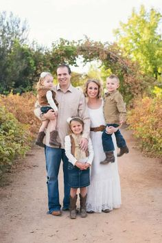 Hoop Photography - Yearly Family Pictures - Family of Five Pose Photo - Cream Beige Brown Denim Skirt Corduroy Lace Dress Headband Cowboy Cowgirl Boots Fur Vest - Urban Farm at Agritopia -