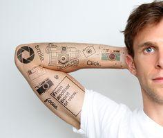 Tatto Ideas 2017 – 45 Extraordinary Funny Custom Temporary Tattoo designs Check more at tattoo-jour… Tatto Ideas & Trends 2017 - DISCOVER 45 Extraordinary Funny Custom Temporary Tattoo designs Check. Finger Tattoos, Body Art Tattoos, New Tattoos, Hand Tattoos, Small Tattoos, Tattoos For Guys, Tatoos, Maori Tattoos, Photographer Tattoo