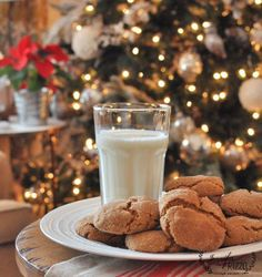 Soft and chewy gingersnap recipe for yummy gingersnap cookies!!!