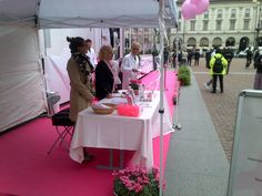 #LILT #Milano in piazza della scala per sconfiggere il tumore al seno