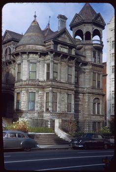 Jan. 25, 1953  Description (Slide):  Old frame house at southwest corner of Franklin and Jackson. San Francisco 1953 (torn down 1954)