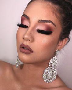 Make Up Looks; Schweres Make-Up; Licht Make-up, Lidschatten; Make Up Looks; Heavy make-up; Make Up August … – Party Makeup Looks, Holiday Makeup Looks, Glam Makeup Look, Wedding Makeup Looks, Gorgeous Makeup, Bridal Makeup, Pink Wedding Makeup, Bridal Nails, Sultry Makeup