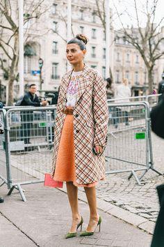 Best Street Style Of Paris Fashion Week