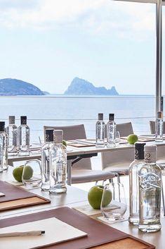 7Pines Kempinski Ibiza - White Ibiza Ibiza Beach Club, Ibiza Sunset, Ibiza Holidays, Luxury Holidays, Pershing Yachts, Hotels And Resorts, Luxury Resorts, Sunset Restaurant, Ibiza Wedding