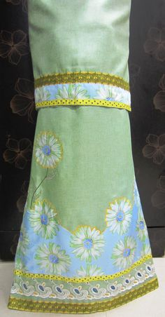 Description - Moss green jute cotton rida designed using delicate, dainty daisy flowers panel along with cream net lace, guipure lace and trims. Add this chic, sophisticated designer wear to your wardrobe ! INR.2275/-  Contact +919819933762 www.feisafashion.com Pinterest - http://pinterest.com/feisafashion Instagram - http://instagram.com/feisafashion Facebook - http://facebook.com/feisafashion