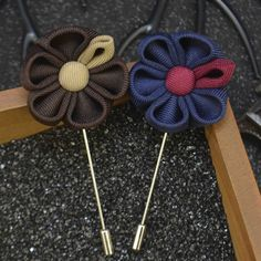 Wholesale Mixed 18 PCS/LOT Lapel Flower Pin Brooches for Men Suits Wedding Flower Corsage Jacket Lapel Pin Stick Brooches