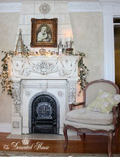 The Decorated House: ~ Christmas Mantel Decorations 2011