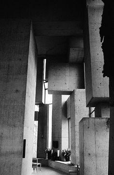 "Fritz Wotruba: ""Wotruba Church"" or ""Kirche zur Heiligsten Dreifaltigkeit"", Vienna, Built on the basis of a model by the sculptor - who died before the completion. Concrete Architecture, Contemporary Architecture, Architecture Details, Interior Architecture, Brutalist, Modern Buildings, Architectural Elements, Kirchen, Modern Design"