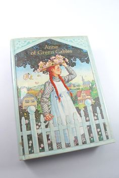 Anne of Green Gables - 1983 Illustrated Junior Library edition - L.M. Montgomery, pictures by Jody Lee - hardcover, Avonlea, gorgeous!