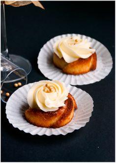 Champanhe Mini Bundt Cakes