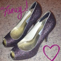 🆕 Glitter high heels. Glitter high heels! Fun for a girls night or add some sparkle to any outfit! 🌟 Steve Madden Shoes Heels