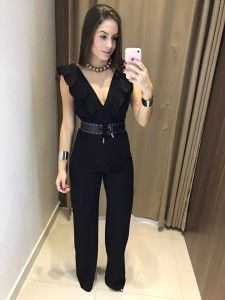 Swans Style is the top online fashion store for women. Shop sexy club dresses, jeans, shoes, bodysuits, skirts and more. Trendy Fall Outfits, Hot Outfits, Stylish Outfits, Spring Outfits, Fashion Outfits, Elegant Outfit, Classy Dress, Black Jumpsuit Outfit, Outfit Vestidos