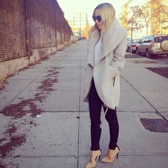 Love Brooklyn Blonde's chic and classy styled coat for Fall/Winter seasons!!...❤️