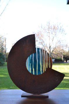 Alejandra Koch,vidrio y hierro