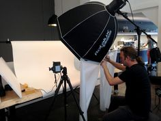 In Den Haag is vorige week Hop en Stork Chocolate & Coffee geopend, wij hebben de #productfotografie hiervoor gedaan, hier de making of..