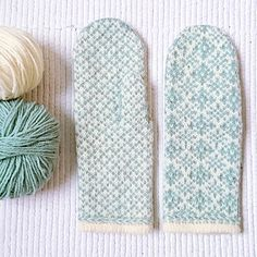Most recent Pictures Needlepoint patterns fair isles Popular Ravelry: institchesknits' Shell Cottage Mittens Knitted Mittens Pattern, Loom Knitting Patterns, Knit Mittens, Knitting Stitches, Knitting Yarn, Free Knitting, Knitting Projects, Crochet Patterns, Knitting Tutorials