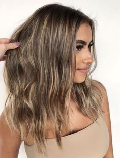 Brown Hair With Thin Blonde Highlights
