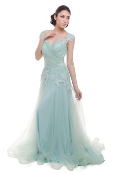 Rent: Pastel Green Short Sleeves Pleated Tulle Gown. O..M..G..!! 😍😍😍😍😍😍😍😍😍😍😍😍😍😍