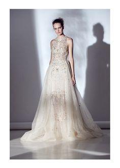 Vestido de noiva: sobressaia empresta volume com leveza - Vogue | Noiva