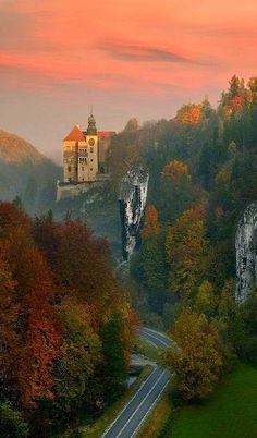 Autumn Sunset.. Pieskowa Skała Castle, Poland