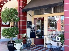 Looking to buy Chalk Paint® by Annie Sloan in Sutter Creek, CA? Visit Heart & Soul! Click here for more information.