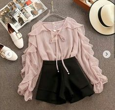 Incredibly / Fall Outfits To Try This Year You can collect images you discovered organize them, add your own ideas to your collections and share with other people. Girls Fashion Clothes, Teen Fashion Outfits, Mode Outfits, Cute Fashion, Outfits For Teens, Girl Fashion, Girl Outfits, Fashion Dresses, Dress Outfits