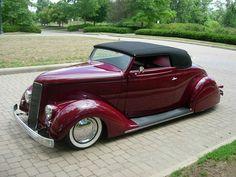 1935 ford ✏✏✏✏✏✏✏✏✏✏✏✏✏✏✏✏ AUTRES VEHICULES - OTHER VEHICLES   ☞ https://fr.pinterest.com/barbierjeanf/pin-index-voitures-v%C3%A9hicules/ ══════════════════════  BIJOUX  ☞ https://www.facebook.com/media/set/?set=a.1351591571533839&type=1&l=bb0129771f ✏✏✏✏✏✏✏✏✏✏✏✏✏✏✏✏