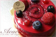 カジノ| Red Fruits and Champagne | Pâtisserie Acacier